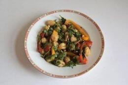 Teller mit Gericht Gnocchi